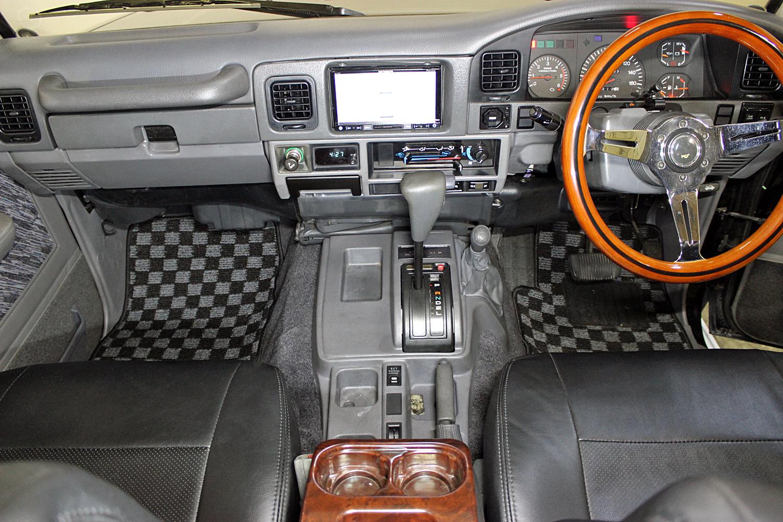 ランドクルーザー78プラドブラックカスタム中古車11