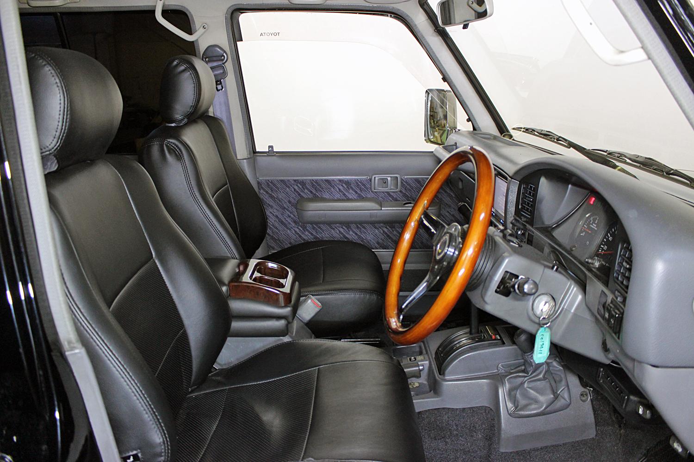 ランドクルーザー78プラドブラックカスタム中古車12
