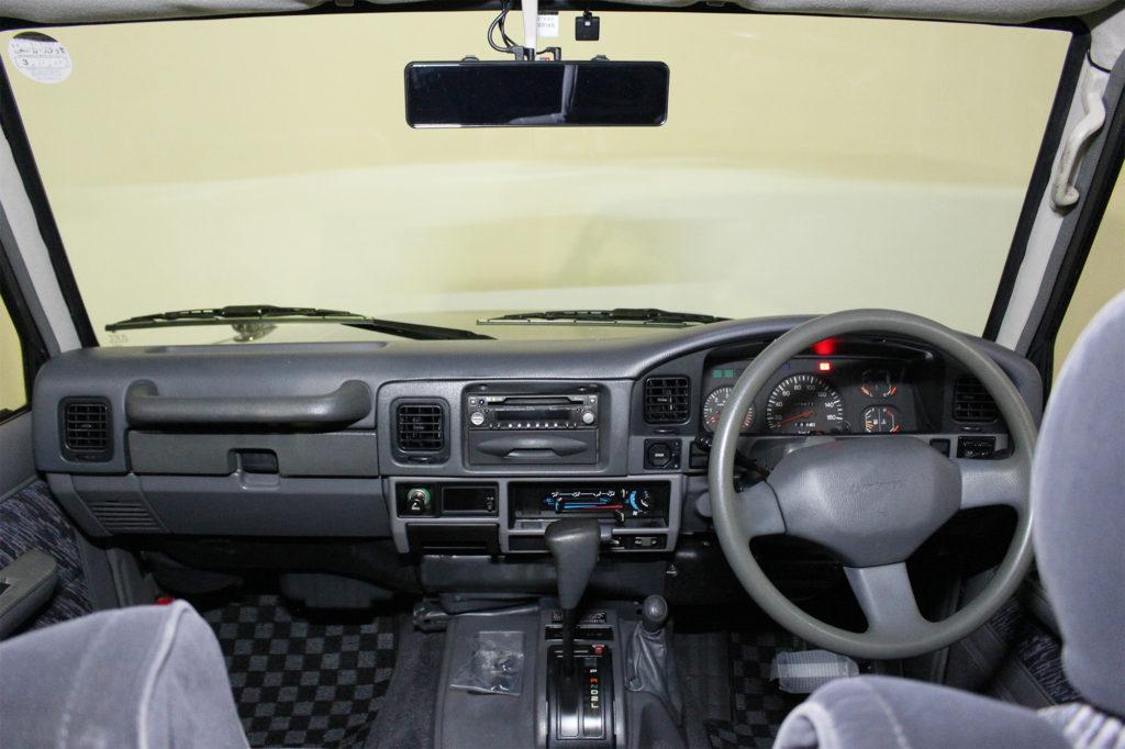 ディーゼル規制対策車ランドクルーザー78プラドカスタム12