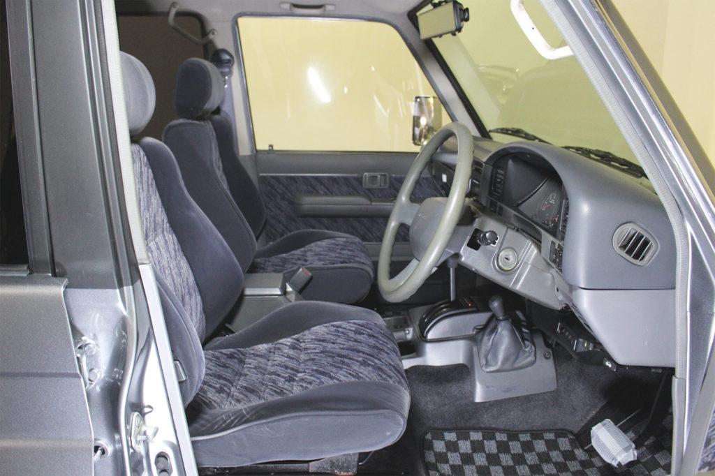 ディーゼル規制対策車ランドクルーザー78プラドカスタム13
