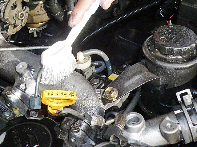78プラドエンジンデグレザー高圧洗浄ブラッシング01