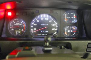 78プラドカスタム中古車「家族全員一台の車で、山登り、キャンプ、旅行に行けること、最高です」19