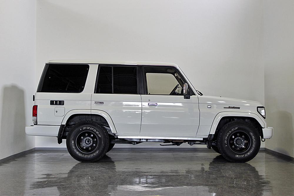 78プラド中古車ホワイト、マッドブラック沖縄県平田様06