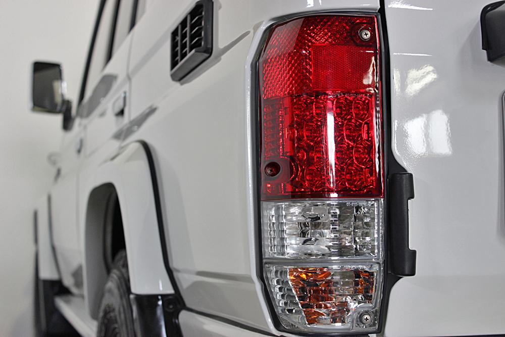 78プラド中古車ホワイト、マッドブラック沖縄県平田様13