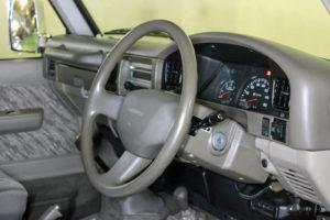 ランドクルーザー78プラドカスタム中古車20200405-019