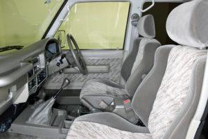 ランドクルーザー78プラドカスタム中古車20200405-023