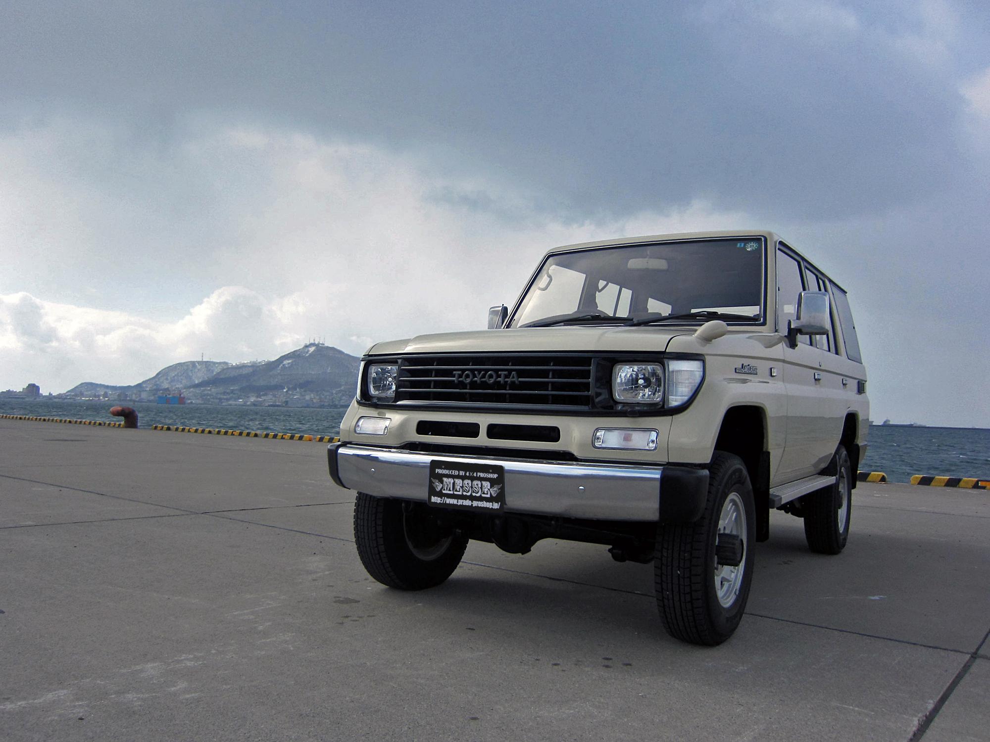 78プラドカスタム中古車北海道櫻井さん01